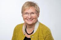 Renate Zwicker-Pelzer